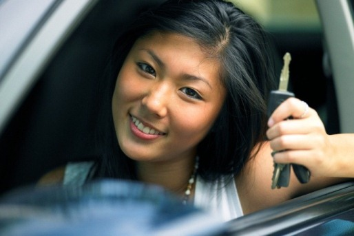 td-asian-girl-car-keys